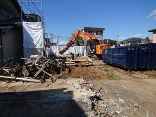三島市大場の現場 只今解体中
