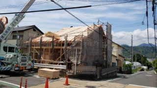 草薙の家 屋根断熱工事中